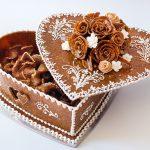 Szív alakú pörkölt torta bármely alkalomra